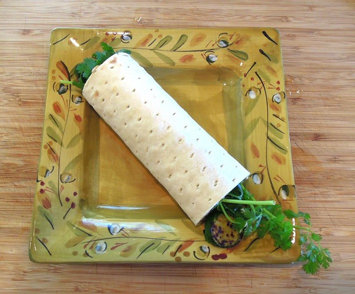 Healthy, Tasty, Fresh Garden Vegetable Roll! 9